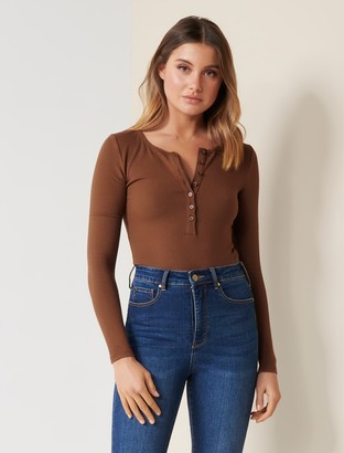 Forever New Celeste Rib Button-Front Top - Chocolate - l