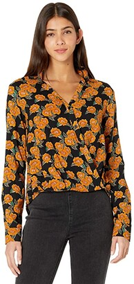 Rock and Roll Cowgirl Long Sleeve Floral Printed Twist Front Button Blouse B4B7623