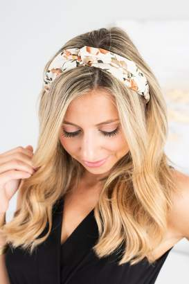 The Mint Julep Boutique On The Move Ivory White Floral Headband