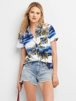 Gap Hawaiian short sleeve shirt