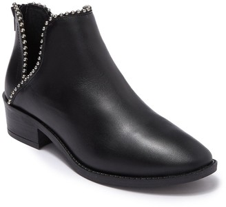 Steve Madden Laramie Leather Sphere Studded Cutout Ankle Boot