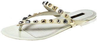 Louis Vuitton Cream Patent Leather Studded Thong Sandals Size 38