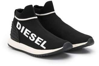Diesel logo print sneakers