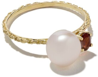 Wouters & Hendrix Gold 18kt yellow gold Pearl & Garnet ring