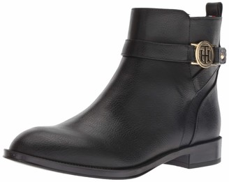 Tommy Hilfiger Women's Rumore Ankle Boot
