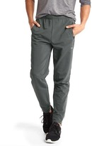 Gap Stretch tapered pants
