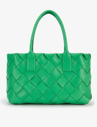 Bottega Veneta Maxi Cabat Intrecciato leather tote bag