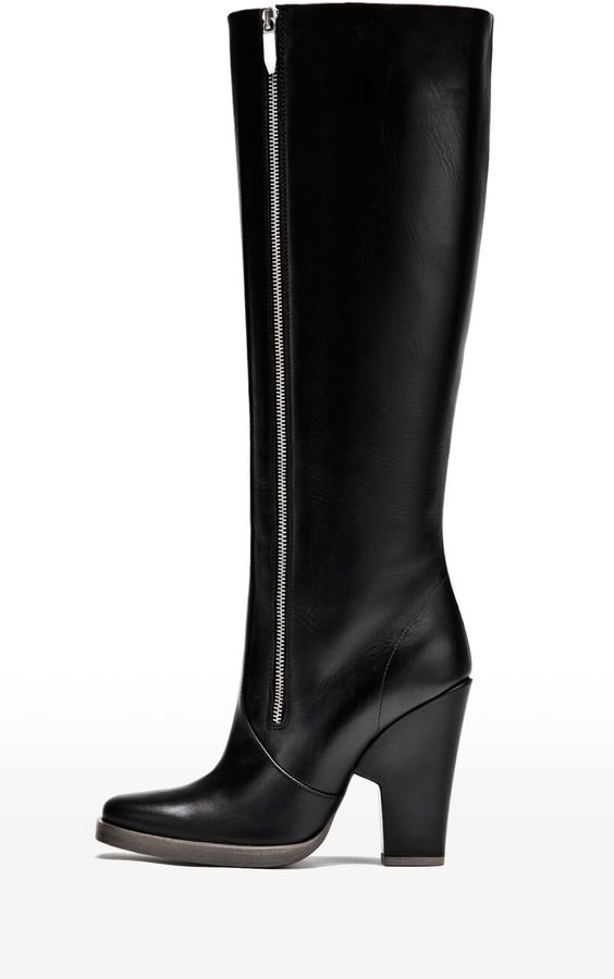 Theyskens' Theory Eames Boot in Atello Leather