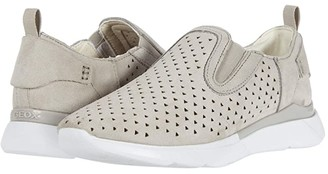 Geox Hiver 5 (Light Grey) Women's Shoes