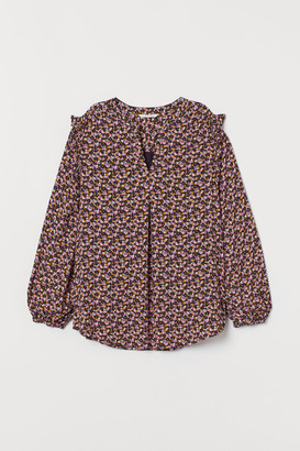 H&M MAMA Crepe nursing blouse