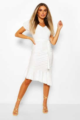 boohoo Broderie Anglaise Puff Sleeve Dress With Tie Belt