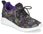 Globe ROAM LYTE women's Shoes (Trainers) in Black