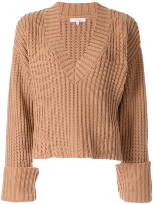 Venroy Chunky-Knit V-Neck Jumper