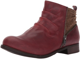 Caterpillar Women's Kiley Pleated Leather Ankle Bootie Accents Boot