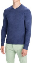 Specially made Solid V-Neck Sweater (For Men)
