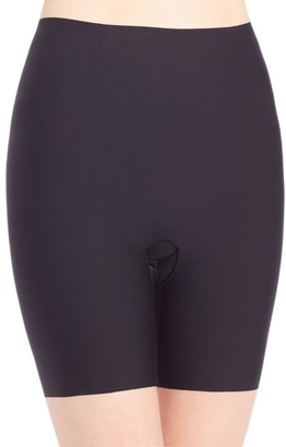 Spanx Thinstincts Mid-Thigh Shaping Shorts