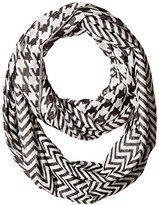 D&Y Women's Houndstooth Loop Scarf with Zig Zag Pattern
