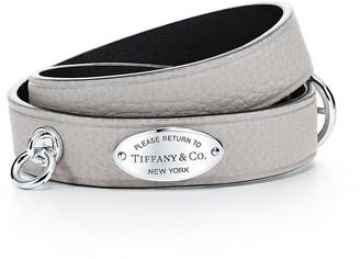 Tiffany & Co. Return to TiffanyTM narrow leather wrap bracelet in grey with sterling silver