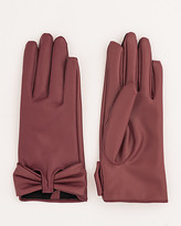 Le Château Leather-Like Gloves