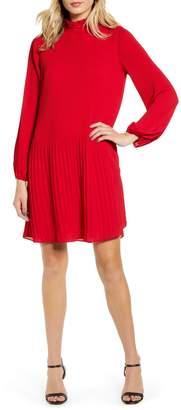 Chelsea28 Ruffle Collar Shift Dress