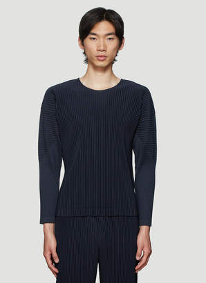 Issey Miyake Homme Plissé Basic Pleated Long Sleeve Top in Navy