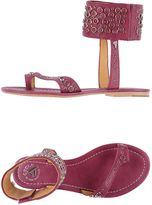 Cycle Toe strap sandals