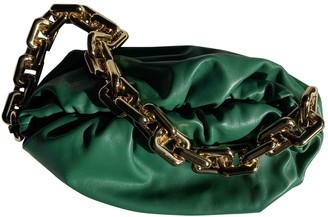 Bottega Veneta Pouch Green Leather Clutch bags