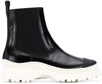 Nicole Saldaña platform boots