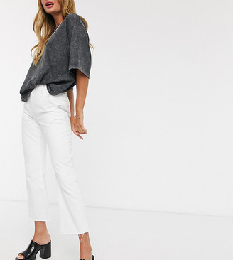Reclaimed Vintage inspired The '85 cropped flare jean in white