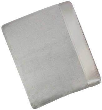 Melange Home Plaza King Silk Blanket With 100% Silk Border Bedding