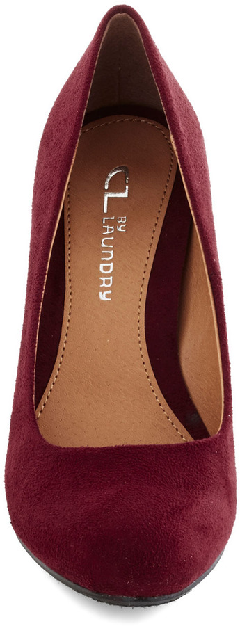 Find Your Feat Wedge in Merlot