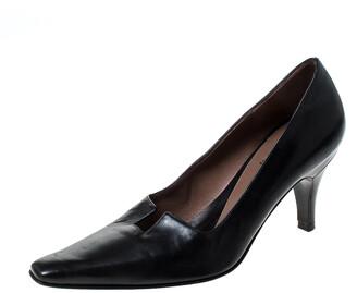 Gucci Black Leather Square Toe Pumps Size 34