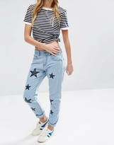Daisy Street Mom Jeans With Applique Stars