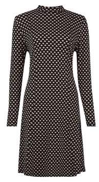 Dorothy Perkins Womens Black Geometric Print High Neck Swing Dress, Black