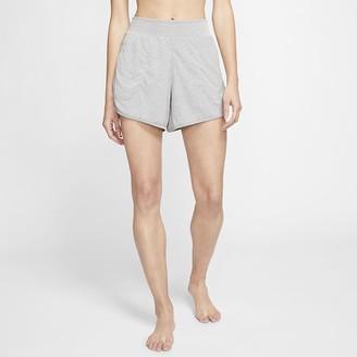 Nike Women's Ribbed Shorts Yoga