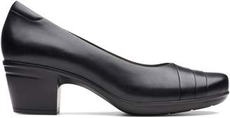 Clarks Collection By Emslie Mae Pumps