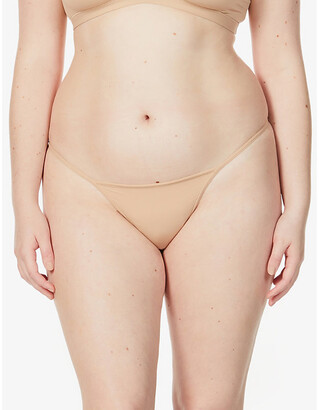 SKIMS Ladies Beige Kim Kardashian West Everybody T String Thong, Size: XL