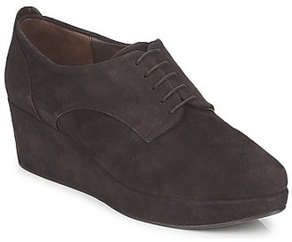 Coclico PEARL women's Casual Shoes in Brown