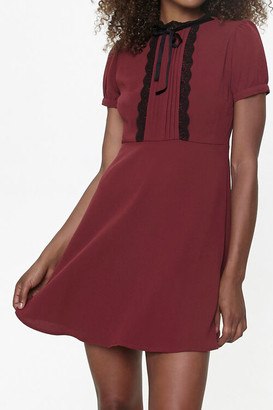 Forever 21 Lace-Trim Pussycat Bow Mini Dress