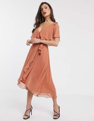 Asos Design DESIGN midi split sleeve cape back with tie shoulder-Pink