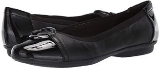 Clarks Gracelin Wind (Black Leather/Synthetic) Women's Shoes