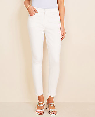 Ann Taylor Petite Curvy Frayed Sculpting Pocket Skinny Crop Jeans in White