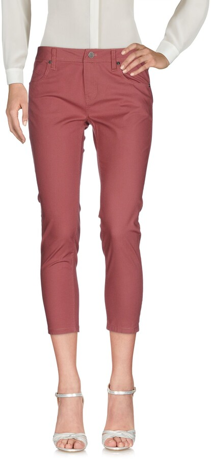 Burberry 3/4-length shorts - Item 13149658NH