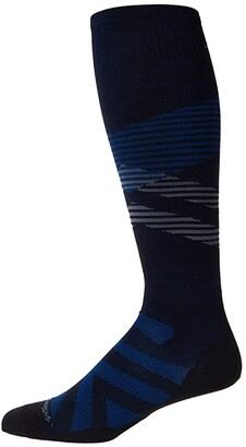 Darn Tough Vermont Pennant OTC Ultra-Lightweight (Black) Men's Crew Cut Socks Shoes
