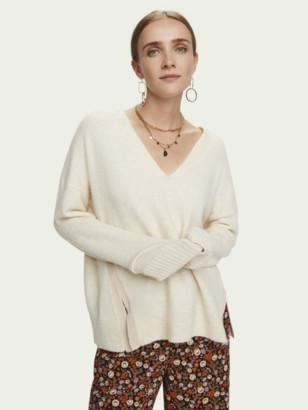 Scotch & Soda Fuzzy long sleeve V-neck pullover   Women