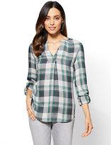 New York & Co. Soho Soft Shirt - Popover - Plaid