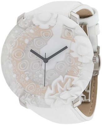 Yunik Big Round White Flowers 44mm