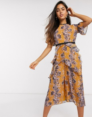 Hope & Ivy Ochre Floral Midi Dress