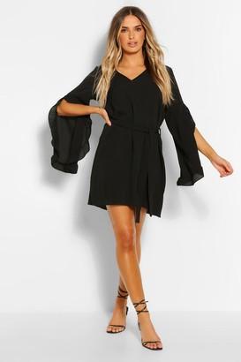 boohoo V Neck Wide Sleeve Shift Dress