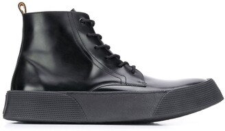 Ami Vulcanised Laced Boots